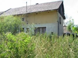 Rodinný dům v obci Pavlovice u Kojetína, okr. Prostějov