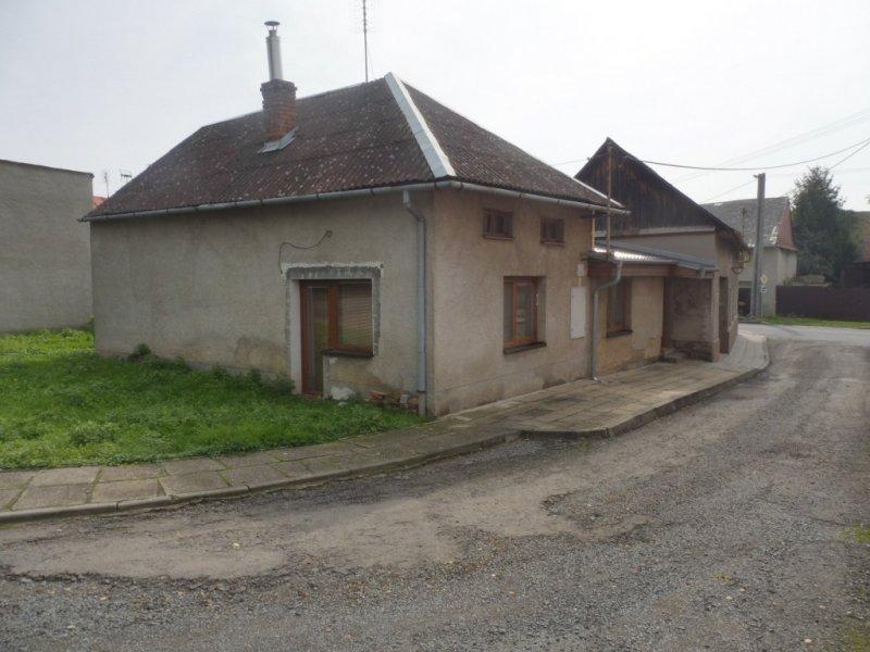Rodinný dům v obci Tvorovice, okres Prostějov