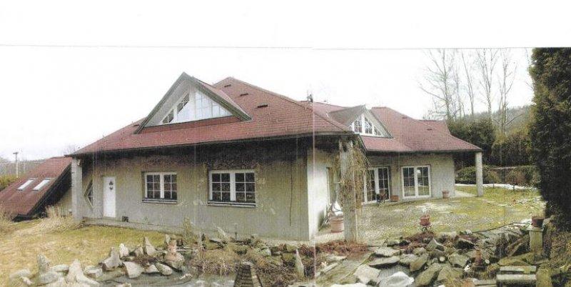 Dražba id. 1/2 RD s pozemky v obci Aš, okr. Cheb