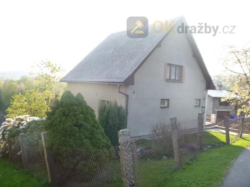 Podíl na rodinném domě a pozemcích v obci Bozkov, okr. Semily