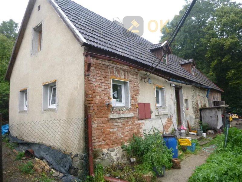 Rodinný dům v obci Volfartice, okr. Česká Lípa