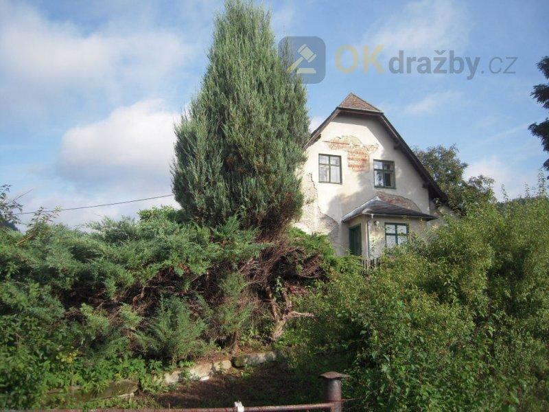 id. 1/12 rodinný dům a pozemky, Bratrušov, okr. Šumperk