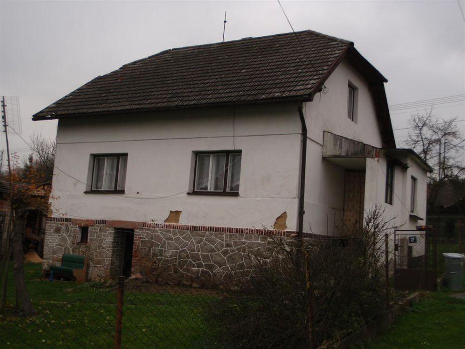 Podíl na rodinném domě v obci Hůrky, okr. Rokycany