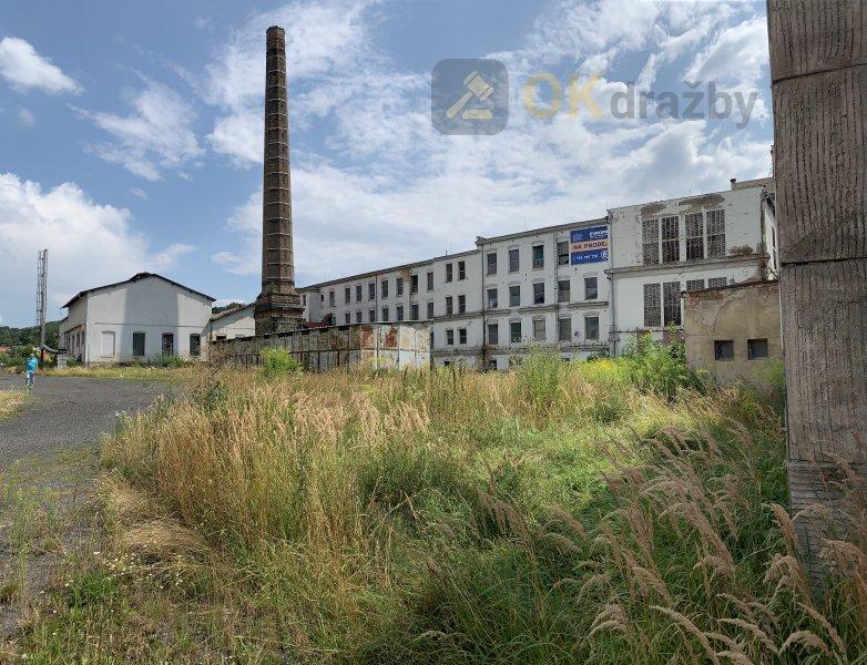 Průmyslový areál včetně solární elektrárny v Benešově nad Ploučnicí (28 596 m2), okres Děč