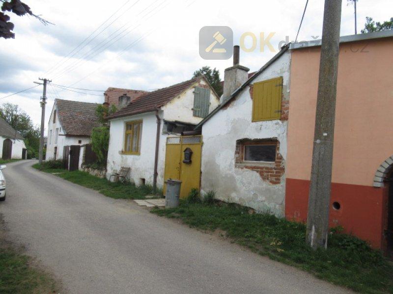 Dražba RD v obci Jaroměřice nad Rokytkou okres Třebíč