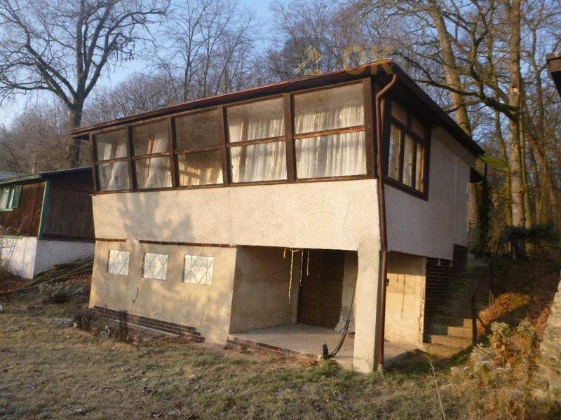 Chata v obci Skorkov, okr. Mladá Boleslav