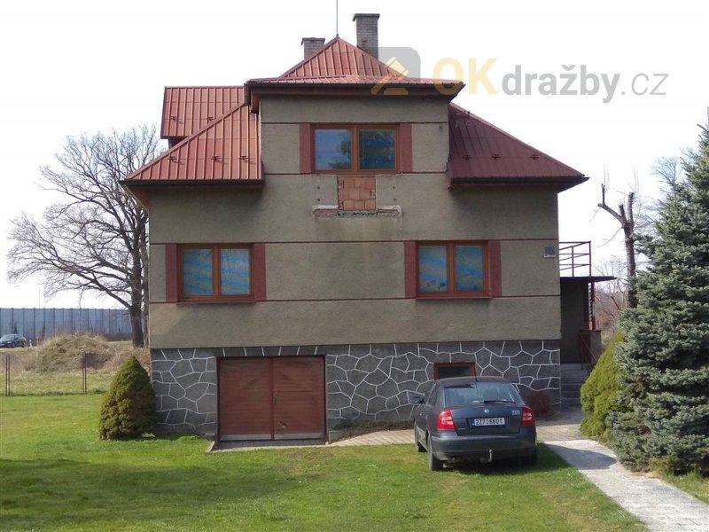 Rodinný dům v obci Lešná, okr. Vsetín