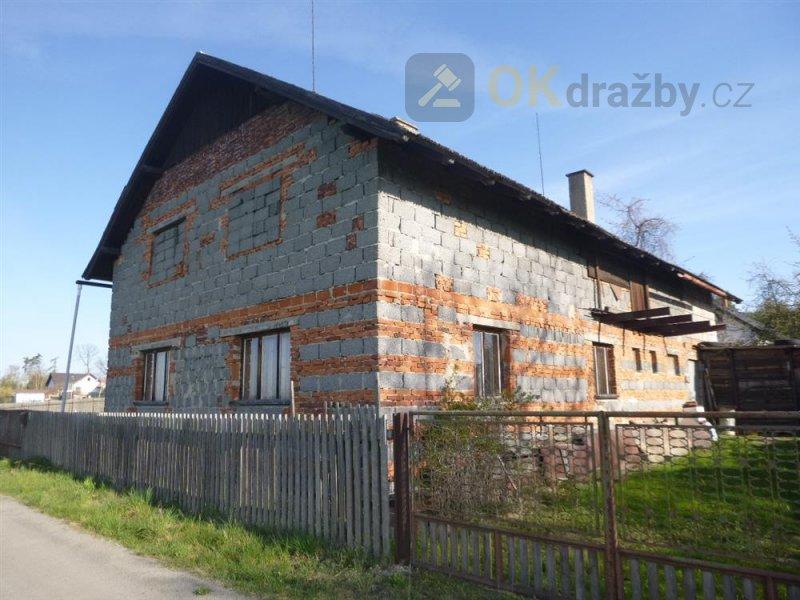Podíl na rodinném domě v obci Dobšín, okr. Mladá Boleslav