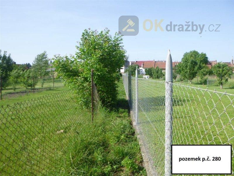 Podíl na pozemcích v k.ú. Mořice, okr. Prostějov