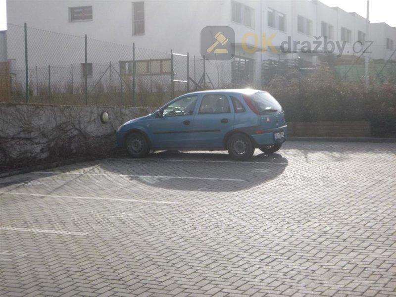 Pozemek - parkovací stání Praha - Dolní Počernice