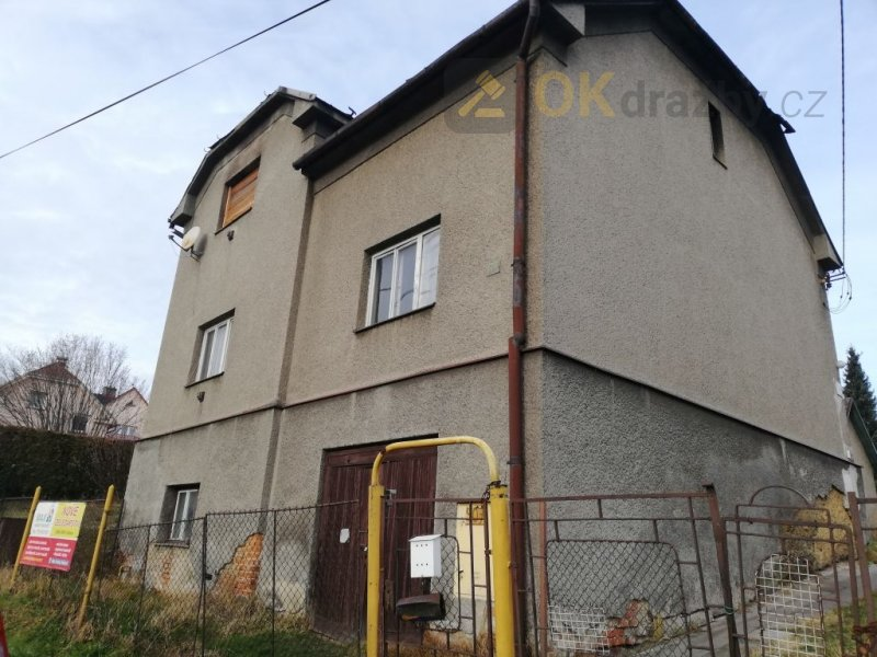 Dražba podílu 1/2 RD v obci Petřvald okres Karviná