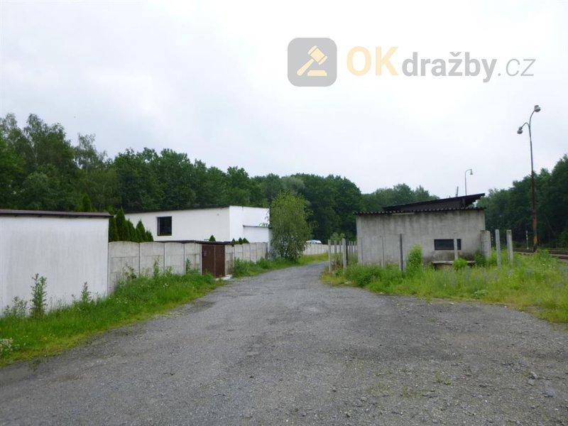Soubor staveb a pozemků v obci Sedlnice, okr.