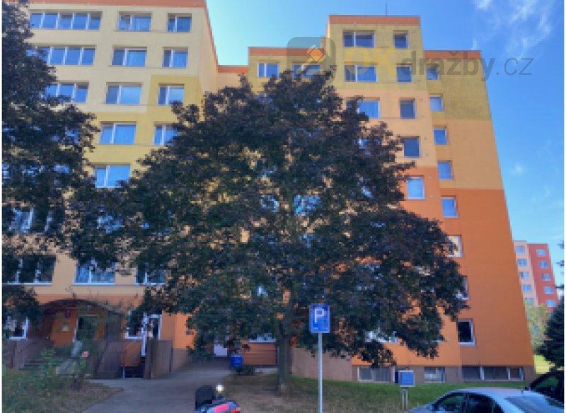 Dražba bytové jednotky 3+1, včetně podílu na