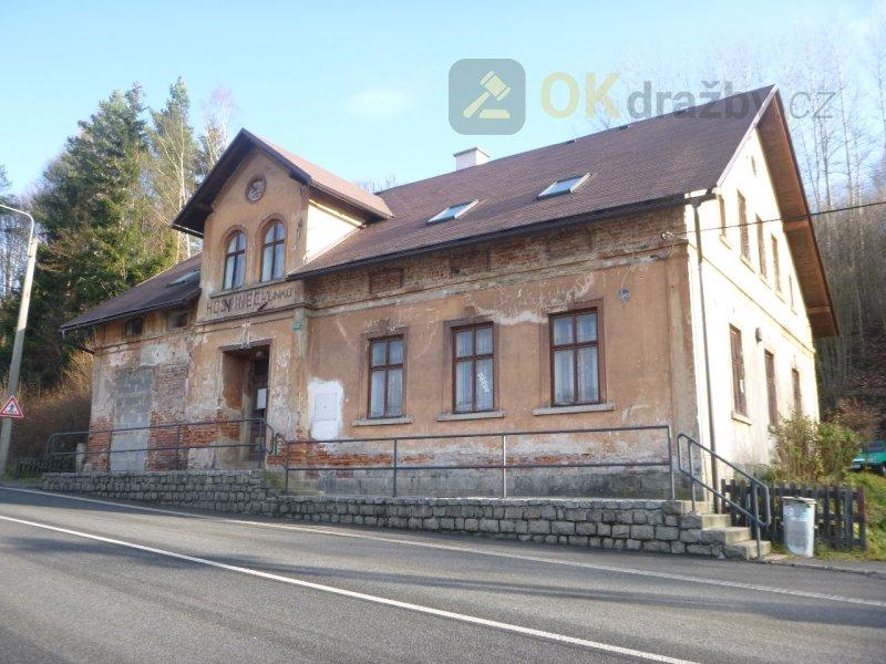 Podíl na rodinném domě v obci Loužnice, okr.