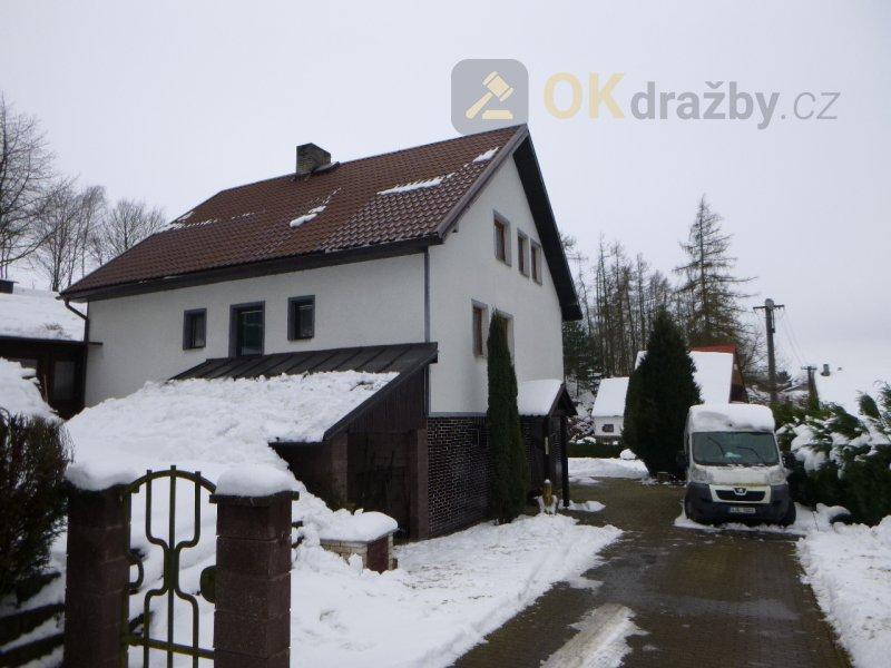 Rodinný dům neevidovaný v KN v obci Ostrov nad