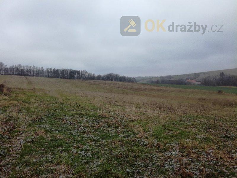 Pozemky zemědělské v obci Střítež nad Ludinou