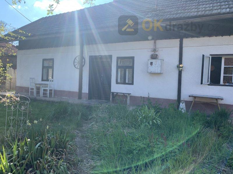 Rodinný dům v obci Volanice, okr. Jičín